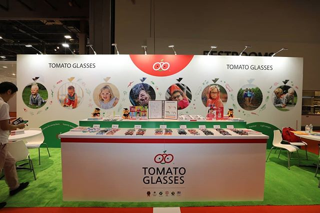 2018 #visionexpowest #visionexpo2018 #tomatoglasses #tomatoglassesusa  booth no. 20085